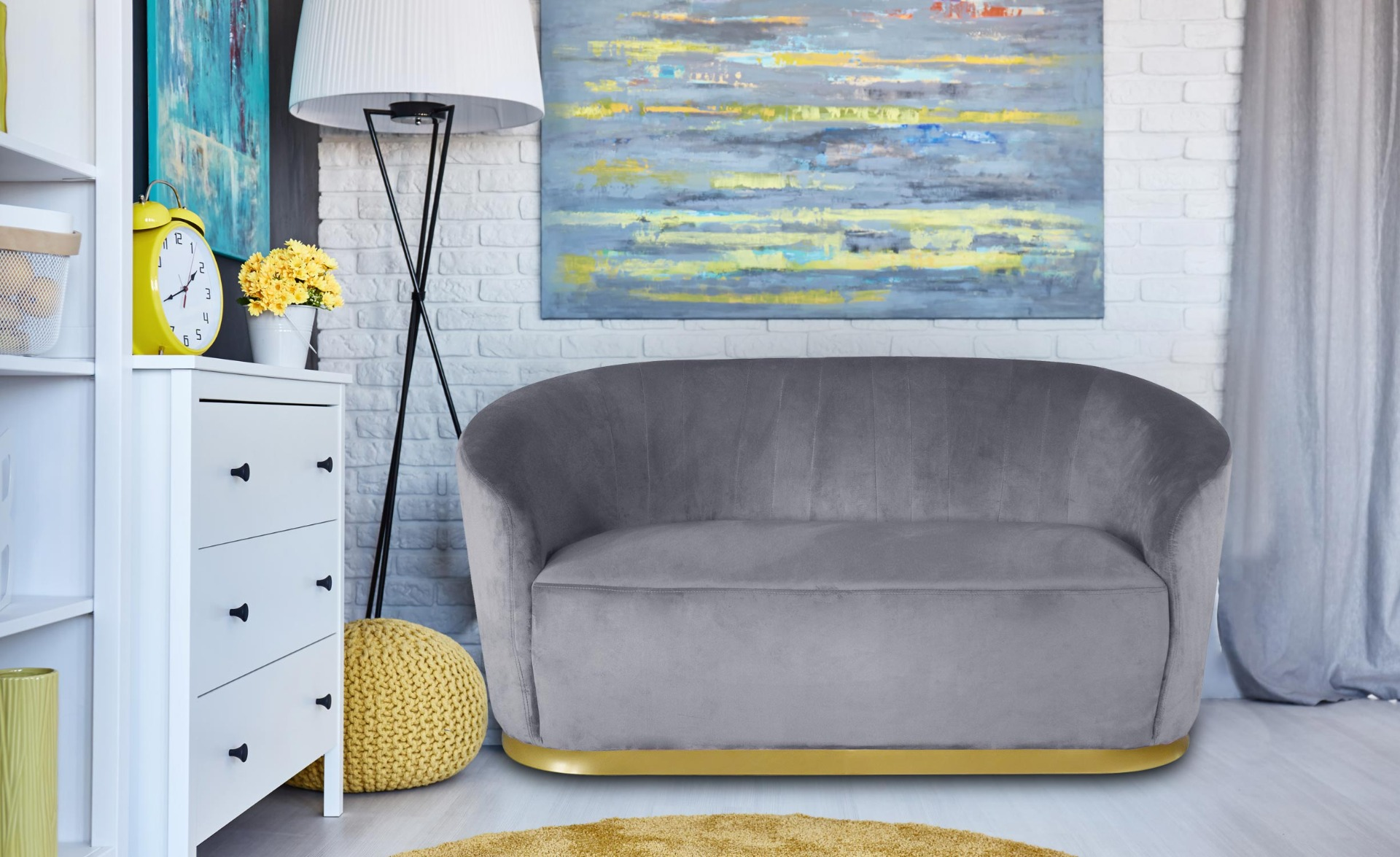 Roanne 2-Sitzer-Sofa mit goldenem Sockel und Samtbezug Grau