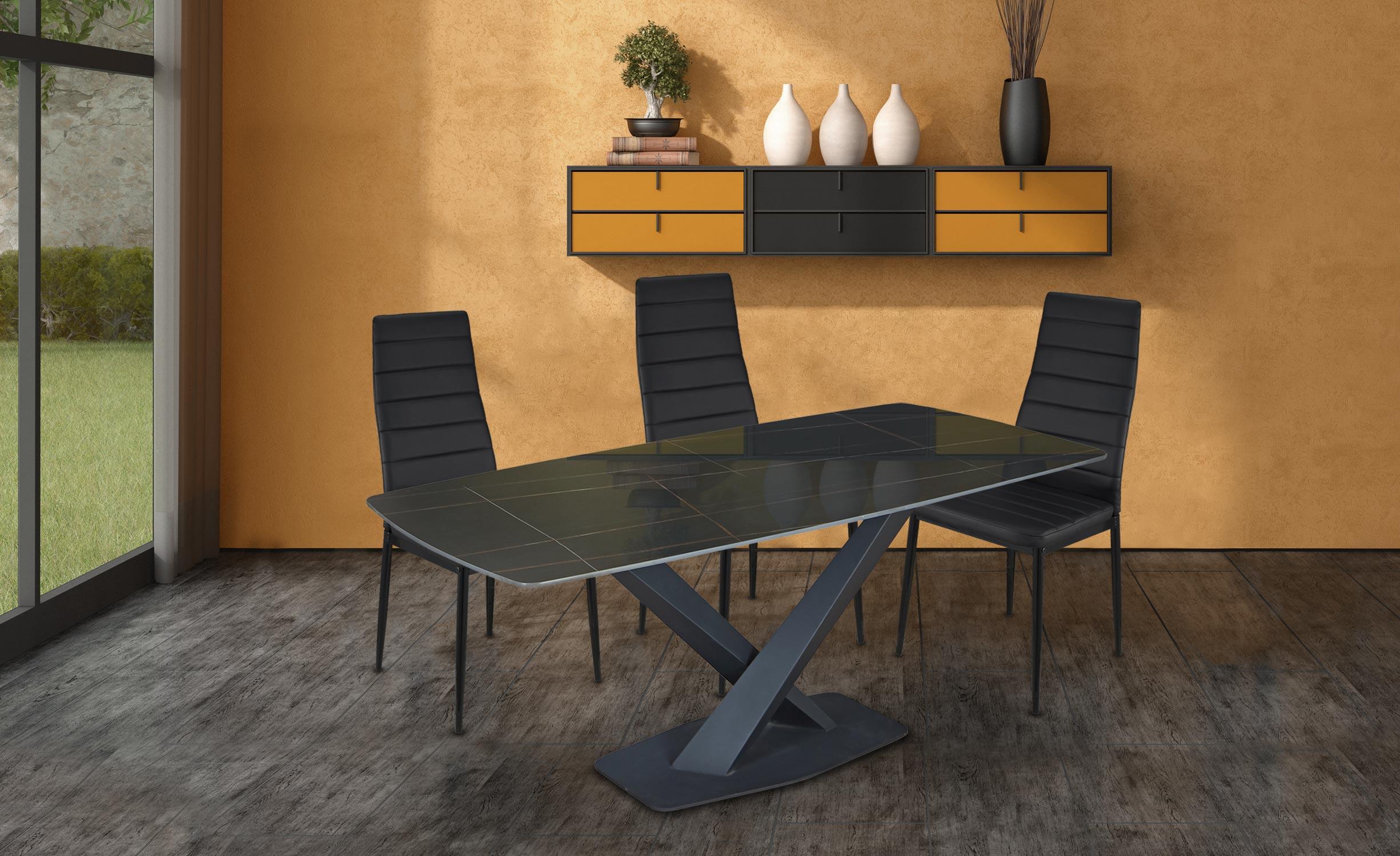 Axena Tisch aus schwarzem Glas